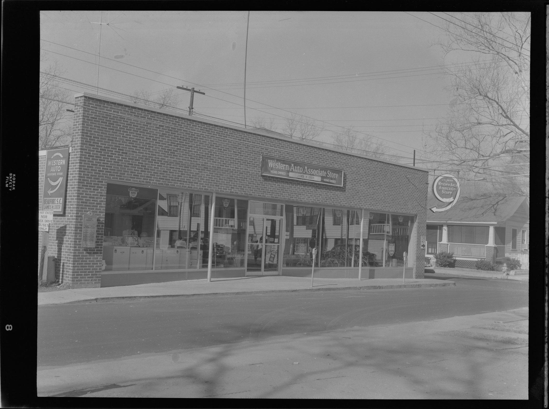 Western Auto Associate Store