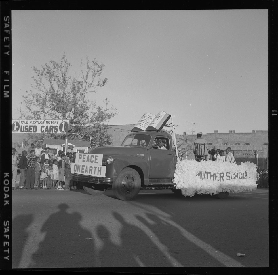 Mather School float in the Christmas parade