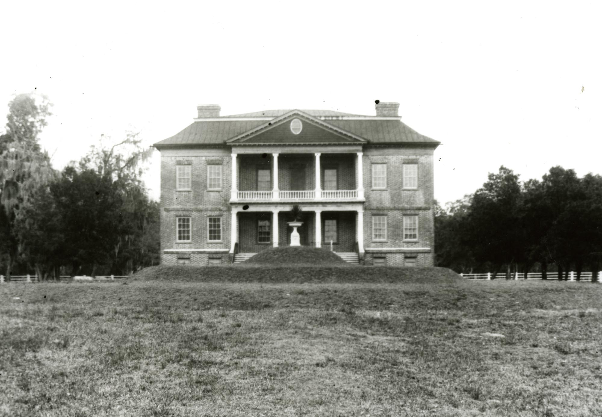 Plantations, Drayton Hall