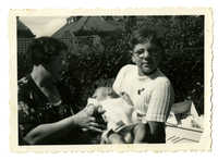 Fennie Hamel-DeVries, Abraham Hamel, and Dientje Krant, 1938